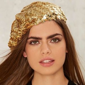 Accessories - [New] GOLD SEQUIN METALLIC BERET HAT